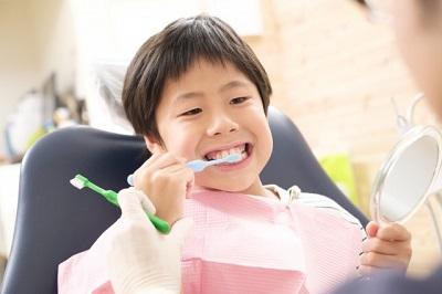 子供歯磨き.jpg